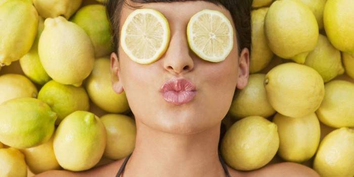 lemon_woman_1