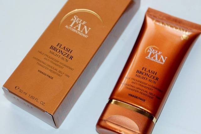 Flash Bronzer Oil-Free Tinted Self-Tanning Face Lotion от Lancome