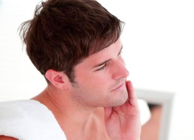 Почему постоянно красное лицо у мужчин