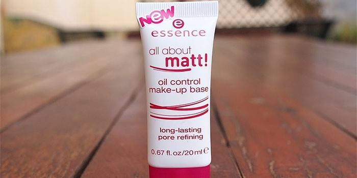 Консилер Essence all about matt