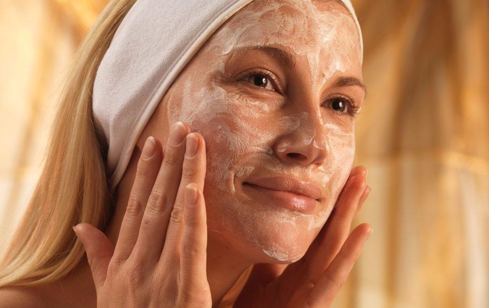 Как убрать морщины на щеках