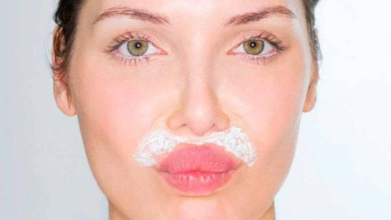 Обесцвечивание волосков на верхней губе с помощью перекиси водорода