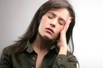 немеет и болит половина лица