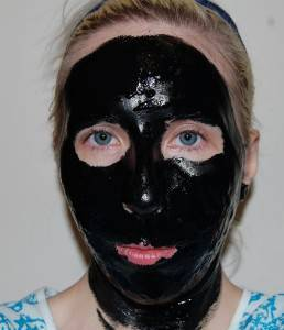 Маски с чёрной глиной для лица