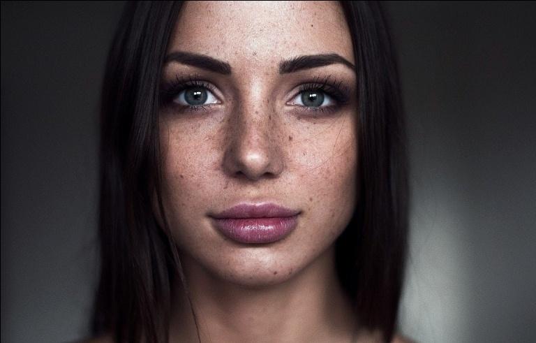 Глубокая лазерная шлифовка лица
